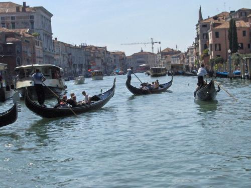 Jak zwykle z mgiełką ... #Wenecja #Włochy #Regaty